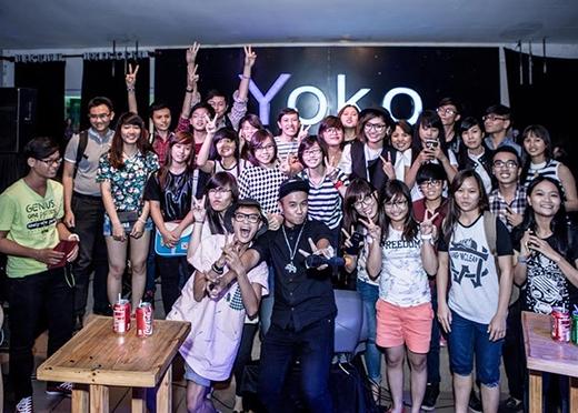 Buổi offline Vicky Nhung và các fan tại Sài Gòn.
