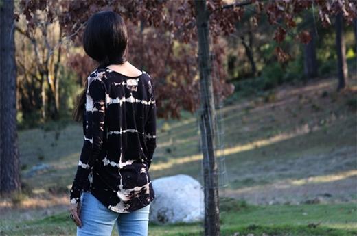 Và cuối cùng bạn có 1 chiếc áo loang lổ không cần đến màu nhuộm rồi nhé.