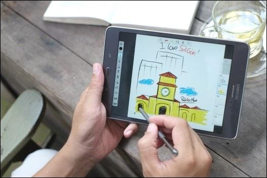 Galaxy Tab A cùng S Pen chính là đáp án bạn tìm kiếm một công cụ đa năng, tích hợptất cả trong một: nét vẽ, màu sắc,…