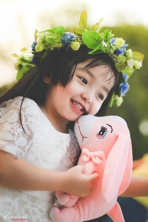 Chết ngây trước nụ cười trong veo như thiên thần của bé Susu