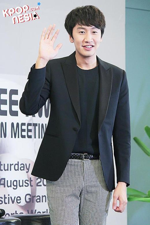 Song Joong Ki đích thân mời Lee Kwang Soo đóng phim