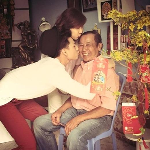 Isaac thường xuyên đăng tải những khoảnh khắc ngọt ngào bên gia đình trên trang cá nhân. - Tin sao Viet - Tin tuc sao Viet - Scandal sao Viet - Tin tuc cua Sao - Tin cua Sao