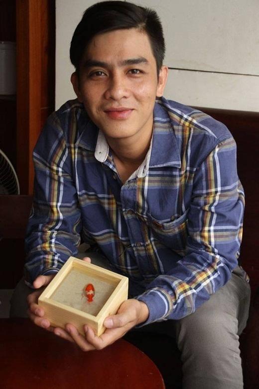 Ngưỡng mộ chàng trai Việt vẽ tranh hơn 200 triệu đồng chinh phục thế giới