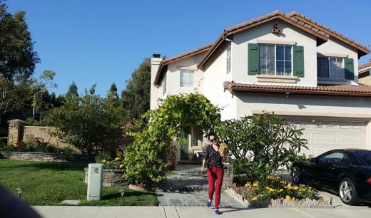 Sinh sống tại thành phố Ivrine, California, Dũng Taylor và Thu Phương có một căn biệt thự rộng rãi, gần gũi với thiên nhiên và mang phong cách khá đơn giản. - Tin sao Viet - Tin tuc sao Viet - Scandal sao Viet - Tin tuc cua Sao - Tin cua Sao