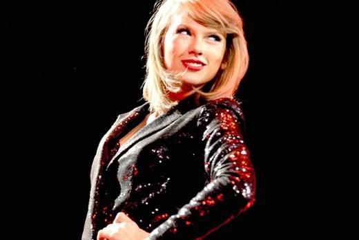 """Taylor Swift sẵn sàng """"dằn mặt"""" bất cứ ai đụng người hâm mộ"""