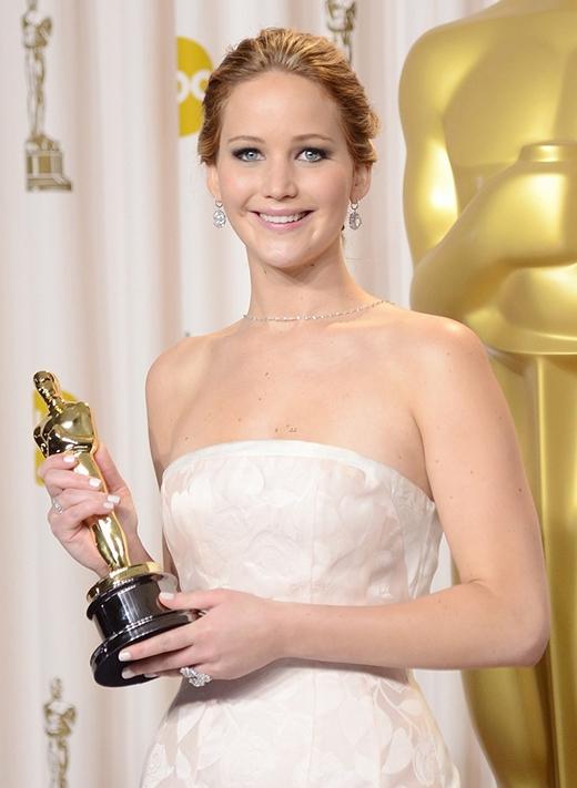 Jennifer Lawrence có biệt danh là biao jie (dịch là em họ) vào năm 2011 khi một người sử dụng internet ở Trung Quốc tuyên bố rằng Jennifer là em họ của mình và cô sẽ giành được giải Oscar. Mặc dù Jennifer đã không giành chiến thắng nhưng biệt danh này vẫn còn tồn tại.