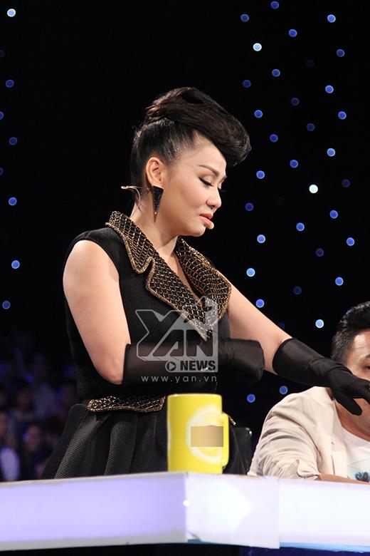 Mờ nhạt với single đầu tay, Minh Quân nhường vé cho Trọng Hiếu, Bích Ngọc