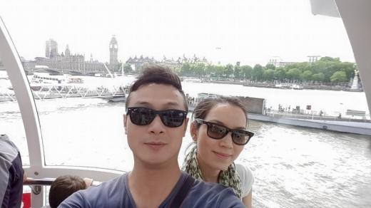 MC Anh Tuấn và bà xã xinh đẹp ngọt ngào đi du lịch London - Tin sao Viet - Tin tuc sao Viet - Scandal sao Viet - Tin tuc cua Sao - Tin cua Sao