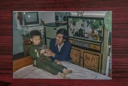 Tấm hình của hai cha con chụp gần 20 năm trước.