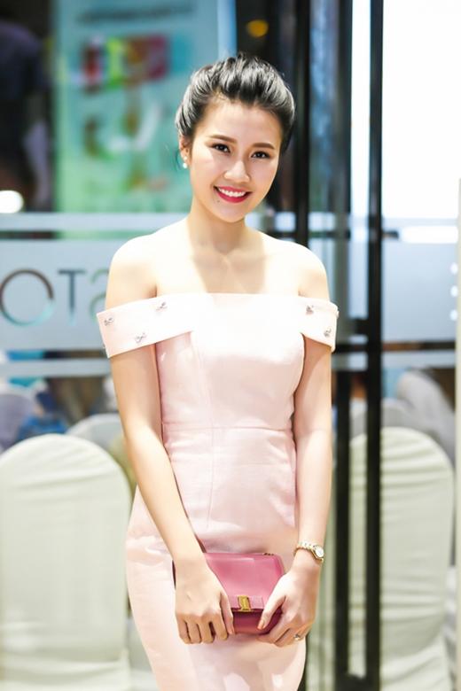 Săm soi lỗi trang phục của sao Việt tuần qua