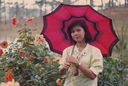 Vẻ đẹp nhẹ nhàng, thanh khiết của Thanh Thảo có thể được gọi là mĩ nhân thời bấy giờ. - Tin sao Viet - Tin tuc sao Viet - Scandal sao Viet - Tin tuc cua Sao - Tin cua Sao