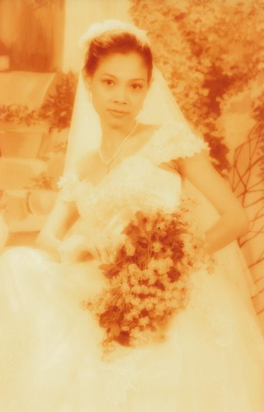 Thanh Thảo trong bộ váy cưới vô cùng xinh đẹp, trẻ trung, trong sáng. - Tin sao Viet - Tin tuc sao Viet - Scandal sao Viet - Tin tuc cua Sao - Tin cua Sao