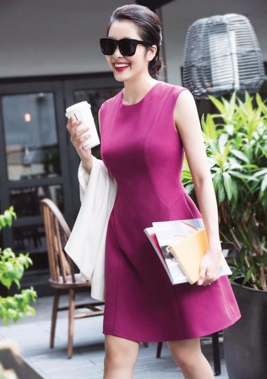 Bộ váy màu hồng cánh sen được thiết kế vô cùng đơn giản, khoe được vóc dáng 'nuột nà' của Hà Tăng một cách tinh tế. - Tin sao Viet - Tin tuc sao Viet - Scandal sao Viet - Tin tuc cua Sao - Tin cua Sao