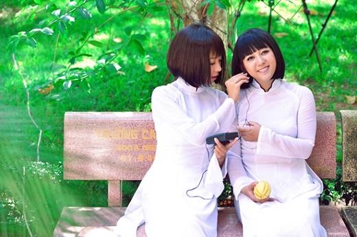 Sau hơn 10 năm xa cách, Diễm Quyên và Ngọc Linh khiến người hâm mộ bất ngờ khi tái hợp trong MV Tình thơ. - Tin sao Viet - Tin tuc sao Viet - Scandal sao Viet - Tin tuc cua Sao - Tin cua Sao
