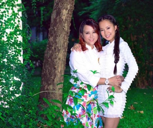 Năm 1998, hai cô gái trẻ Diễm Quyên - Ngọc Linh thành lập nhóm nhạc dành cho tuổi teen được nhiều người yêu mến. - Tin sao Viet - Tin tuc sao Viet - Scandal sao Viet - Tin tuc cua Sao - Tin cua Sao