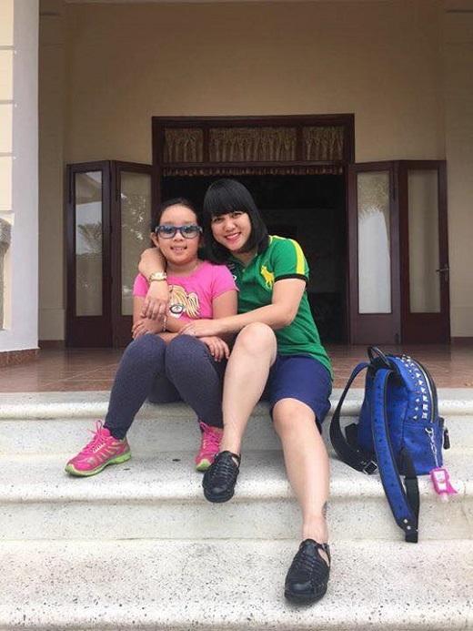 Con gái của Ngọc Linh năm nay 8 tuổi, tên thường gọi là Bon. - Tin sao Viet - Tin tuc sao Viet - Scandal sao Viet - Tin tuc cua Sao - Tin cua Sao