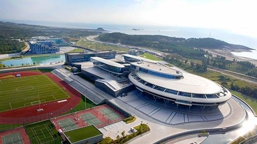 Điểm danh 10 tòa nhà độc đáo đến mức khó hiểu của Trung Quốc