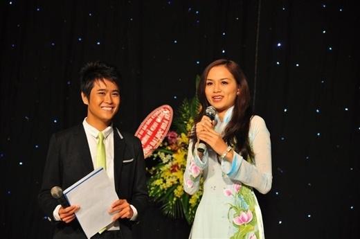Quang Minh là một MC tài năng và hoạt động nhiều trong ngành truyền thông.