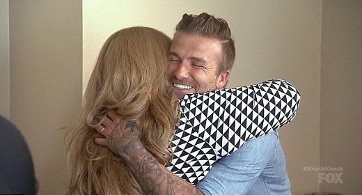 David Beckham tặng 7 chiếc IP6 cho gia đình fan nghèo