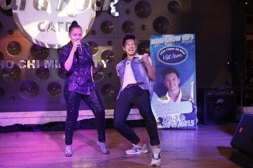 Đối thủ của Bích Ngọc trong đêm chung kết Vietnam Idol từng được Thu Minh ví von như một hoàng tử giải trí mới của showbiz.