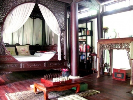 Cũng giống với Mỹ Linh, ưa chuộng và bày trí nhà theo phong cách Á Đông, căn biệt thự của Hồng Nhung cũng mang phong cách cổ điển như vậy. - Tin sao Viet - Tin tuc sao Viet - Scandal sao Viet - Tin tuc cua Sao - Tin cua Sao