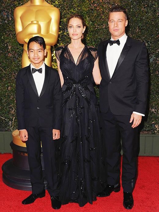 Angelina Jolie hợp sức cùng con trai làm phim về Campuchia