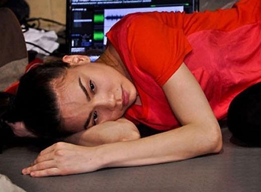 Hồ Ngọc Hà kiệt sức trong quá trình luyện tập cho phần trình diễn của mình. - Tin sao Viet - Tin tuc sao Viet - Scandal sao Viet - Tin tuc cua Sao - Tin cua Sao