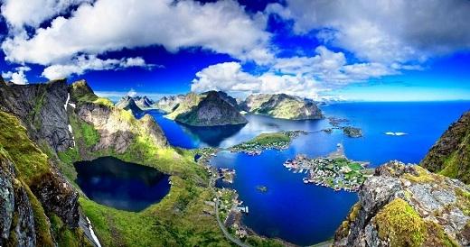 Quần đảoLofotenởNa Uycó khí hậu và phong cảnh làm say lòng người.