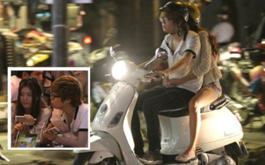 Bùi Anh Tuấn từng bị bắt gặp hẹn hò với Lily Luta khi đang chở bạn gái đi chơi bằng xe máy. - Tin sao Viet - Tin tuc sao Viet - Scandal sao Viet - Tin tuc cua Sao - Tin cua Sao