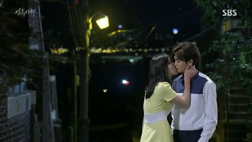 Khi cặp đôi phụ qua mặt cặp đôi chính trên màn ảnh Hàn