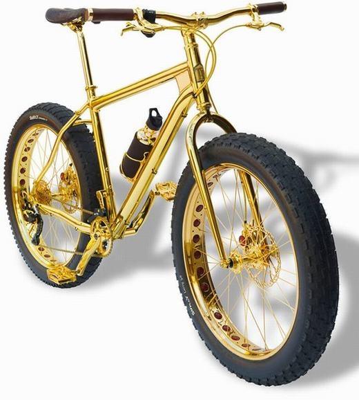 Chiếc xe đạp bằng vàng ròng 24K đang được sở hữu bởi một đại gia Ả Rập có giá trị vào khoảng 21 tỉ đồng.