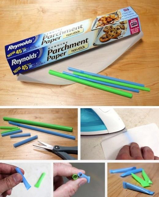 Khi đi du lịch hoặc cắm trại, bạn cũng có thể biến ống hút thành những ống đựng gia vị hay kem đánh răng để mang theo, vô cùng hữu ích và tiện lợi. Chỉ cần cắt một đoạn ống hút bất kì, sau đó dùng bàn là và giấy nén để dán kín hai đầu ống hút lại là xong.