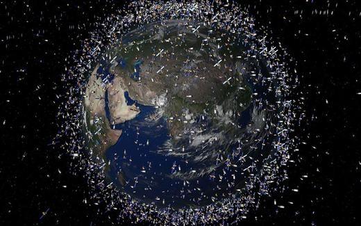 """Sốc với lượng vệ tinh nhân tạo đang """"bao vây"""" Trái đất"""