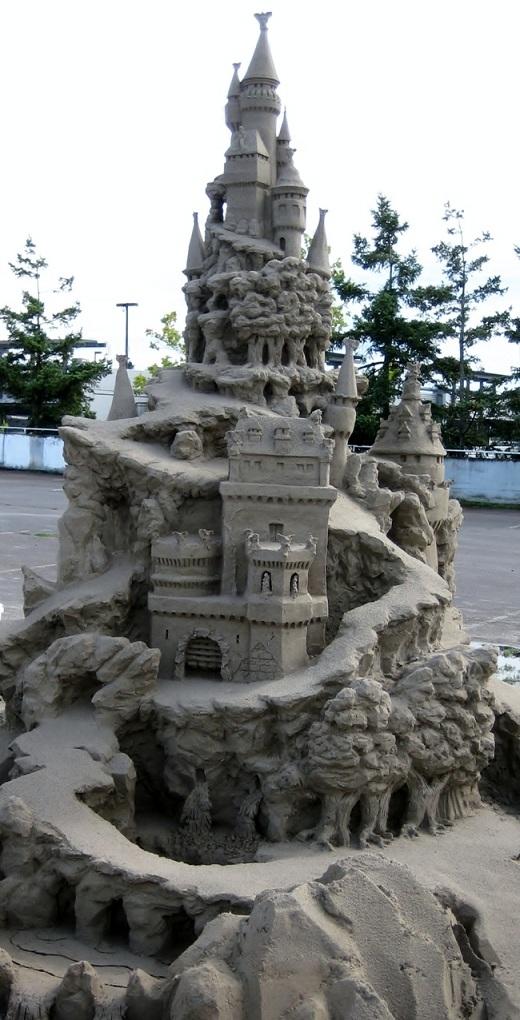 Con đường này đã dẫn tác giả của nó đến với giải điêu khắc cát quốc tế năm 2010 được tổ chức tại Bồ Đào Nha.