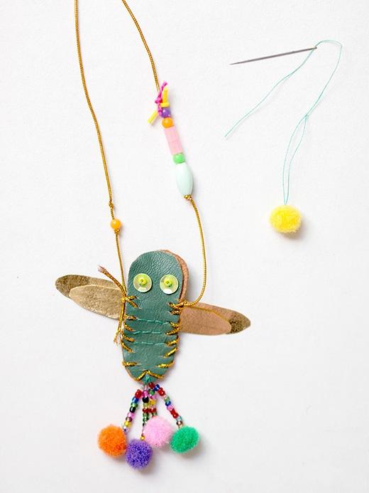 Nổi bật với dây chuyền chuồn chuồn hoa siêu dễ thương