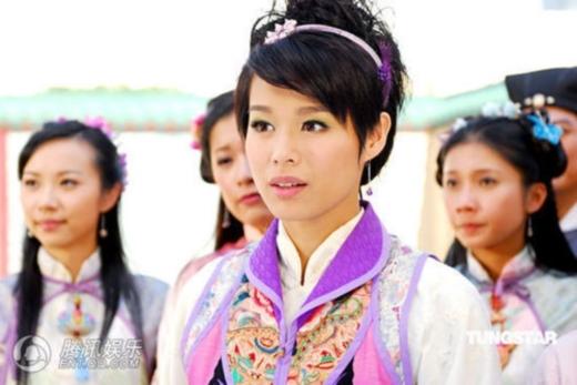 Hồ Hạnh Nhi không xấu nhưng nếu không được chăm chút thì dễ thành 'thảm hoạ' phim ảnh. Vai Thu Hương trong Thu Hương Và Đường Bá Hổ là minh chứng rõ ràng nhất.