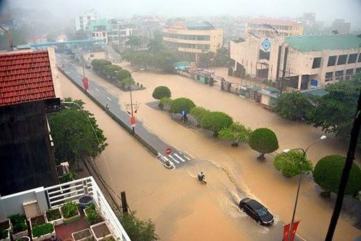 Hình ảnh mưa to, ngập lụt kinh hoàng tại Quảng Ninh vừa qua