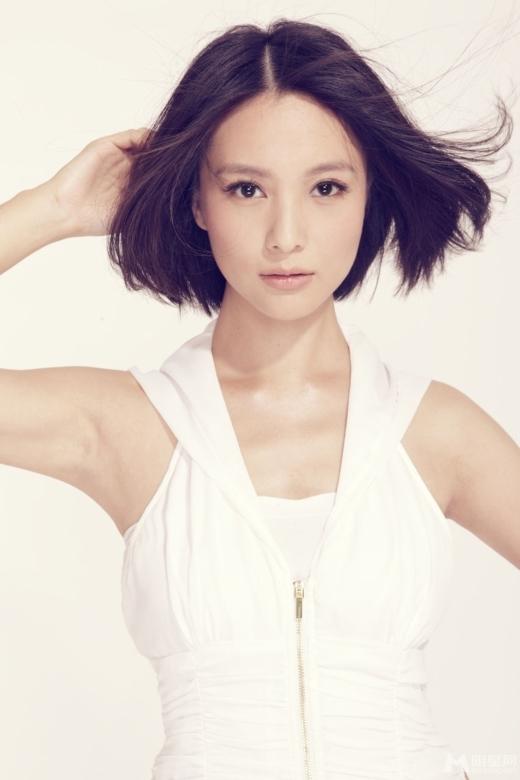 Lưu Đình Vũ nhận được rất nhiều lời khen ngợi từ nhà phê bình điện ảnh nhờ khả năng diễn xuất chuyên nghiệp. Để nâng cao kĩ năng diễn xuất, cô còn thử thách với những vai diễn phản diện đa dạng.