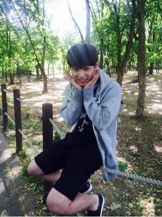 Nụ cười ngọt ngào của Hyunsik (BTOB).