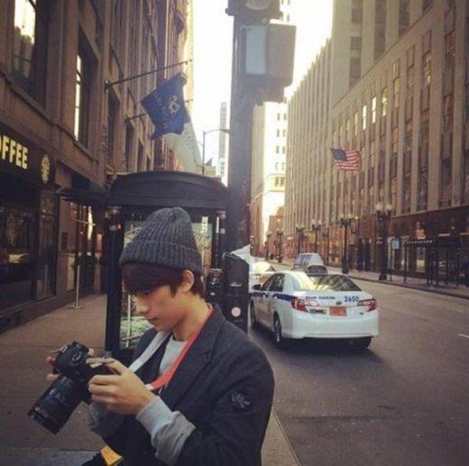 Có một người bạn trai đam mê nhiếp ảnh như Gongchan (B1A4) thì còn gì tuyệt vời hơn. Cậu ấy sẽ khiến phái nữ mê mệt với những tấm hình tuyệt đẹp.