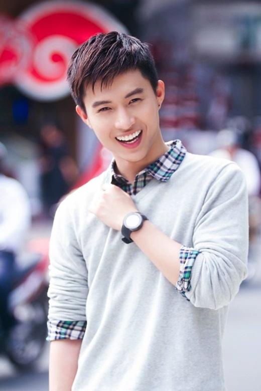 """""""Đứng tim"""" với chàng du học sinh đẹp như tài tử Hàn Quốc"""