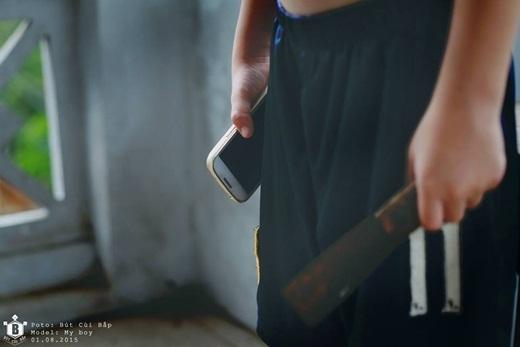 Smartphone như con dao rỉ 2 lưỡi. Người biết sử dụng thì sẽ mài bóng và sử dụng tốt con dao. Người không biết dùng thì con dao sẽ cực kì nguy hiểm.