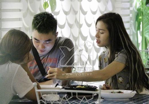 Bắt gặp Phương Trinh Jolie tình tứ bên cạnh trai đẹp - Tin sao Viet - Tin tuc sao Viet - Scandal sao Viet - Tin tuc cua Sao - Tin cua Sao