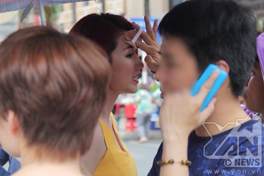 Fan bấn loạn khi Quỳnh Chi khóa môi B Trần nồng cháy - Tin sao Viet - Tin tuc sao Viet - Scandal sao Viet - Tin tuc cua Sao - Tin cua Sao