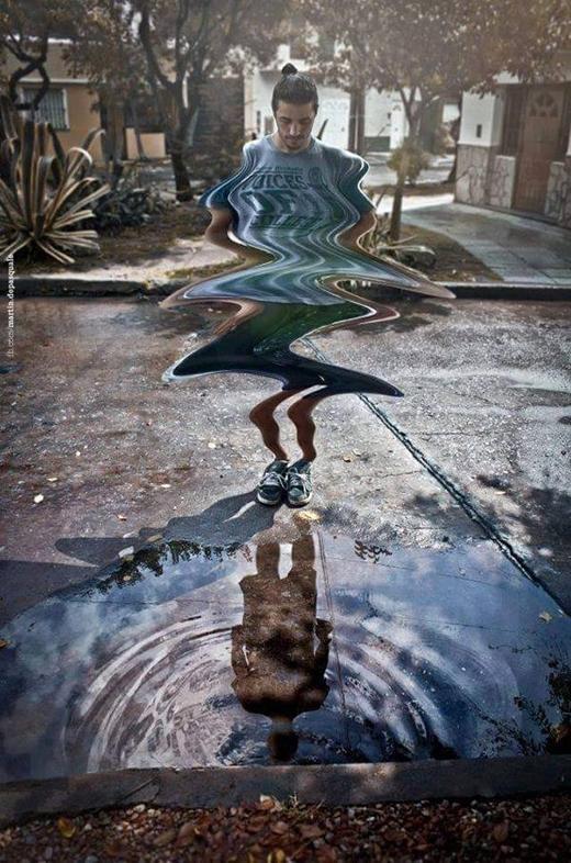 Loạt ảnh siêu thực phản ánh cuộc sống hiện tại đáng suy ngẫm