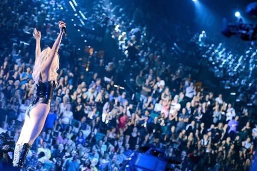 Những người hâm mộ của Kesha đã tự đặt tên cho mình là Animal sau khi album đầu tiên của cô - Animal - được phát hành. Cái tên không chỉ thể hiện được sự hoang dã mà con mang biểu tượng mạnh mẽ của cộng đồng fan Kesha.