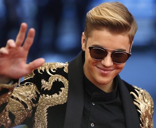 Justin Bieber hối hận vì thất hứa với fan