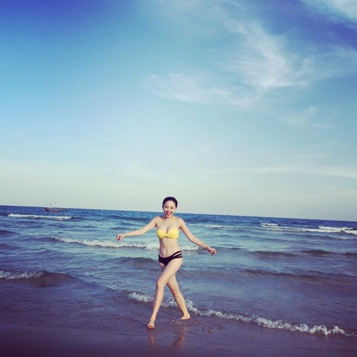 Tóc Tiênlà một trong những sao nữ Việt sở hữu đường cong cơ thể hoàn hảo. - Tin sao Viet - Tin tuc sao Viet - Scandal sao Viet - Tin tuc cua Sao - Tin cua Sao