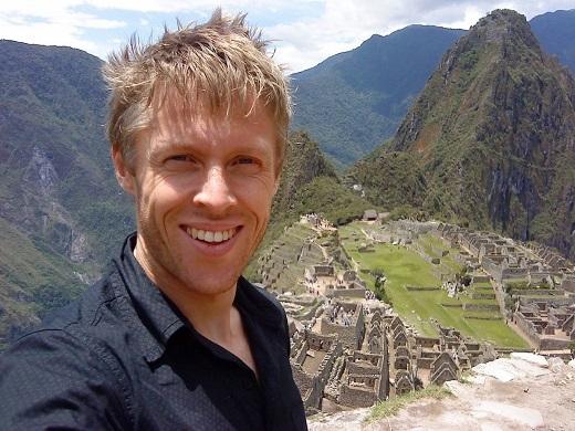 Gunnar Garfors bên khu di tích Machu Picchu nổi tiếng thế giới.
