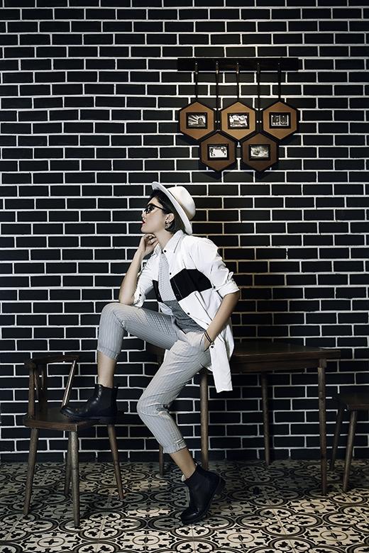 Vicky Nhung tự tin với phong cách thời trang cá tính